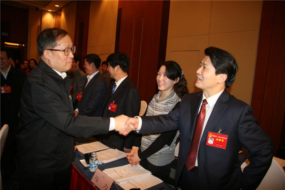 8湖北省委书记、人大主任李鸿忠接见董事长